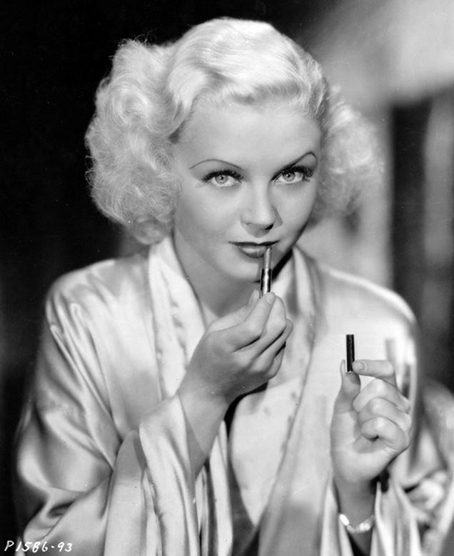 Trucco anni 30 la bocca timeless beauty - Dive anni 40 ...