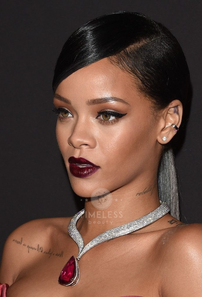 Rihanna+Makeup+Dark+Lipstick+2MYAIoOI2zFx